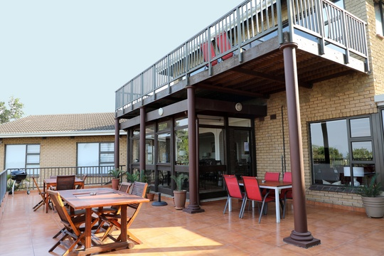 Patio  - enjoy the sun, the view and a braai